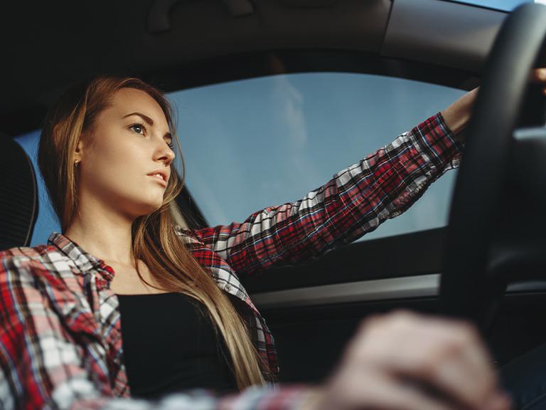 Cómo solicitar la licencia de conducir en España