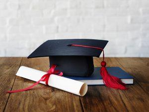 Requisitos para revalidar tu título profesional en España